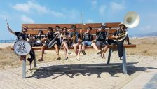 Espectacle itinerant 'Zebrass Marxing Band'